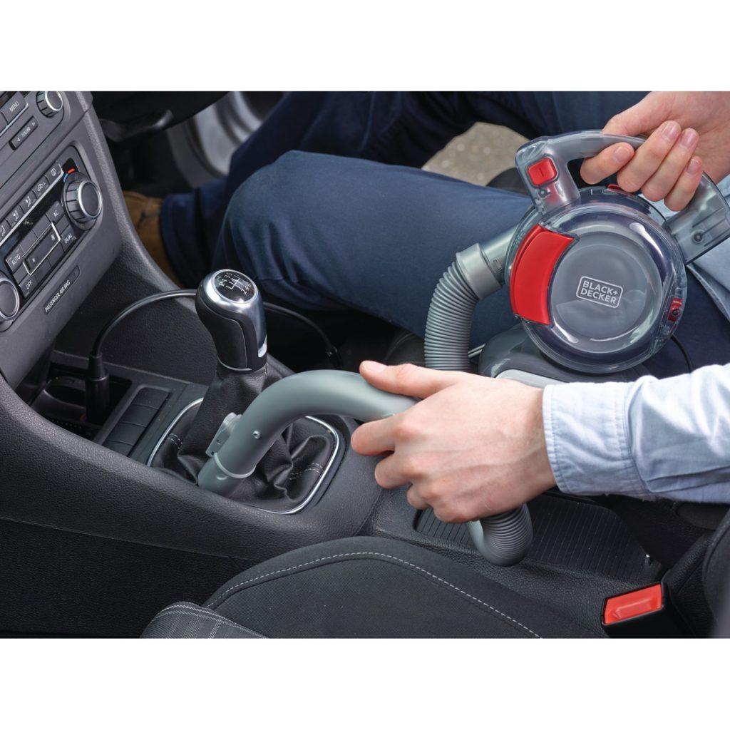 utilizarea unui aspirator auto