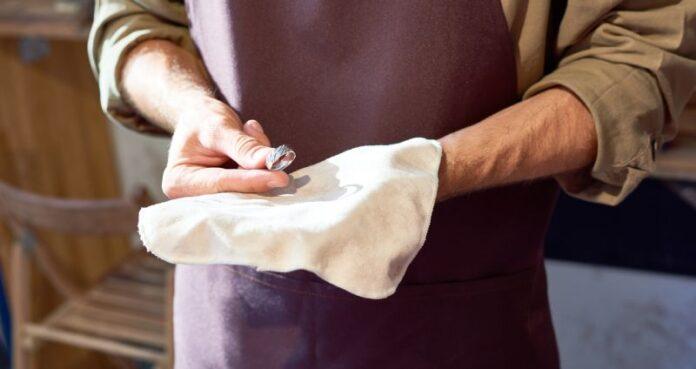curatare bijuterii argint